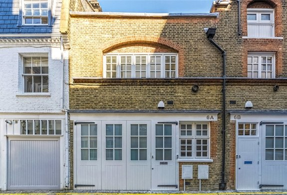 House for sale in Colbeck Mews, London