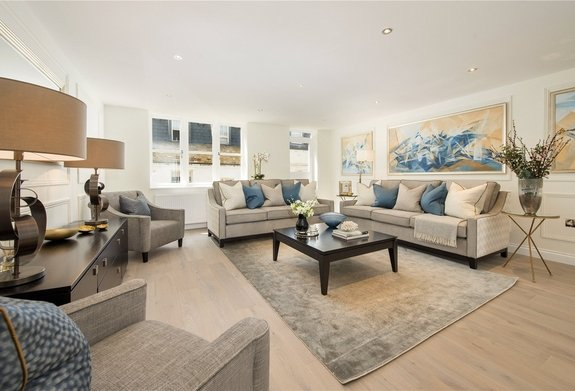 House for sale in Lancaster Mews, Bayswater