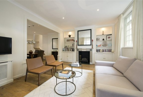 House for sale in Stanhope Mews East, South Kensington
