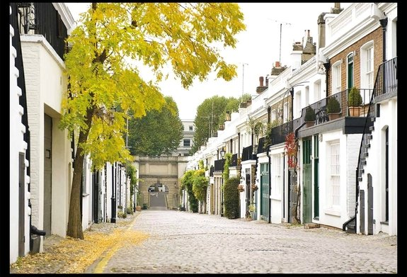 Holland Park Mews, London, W11