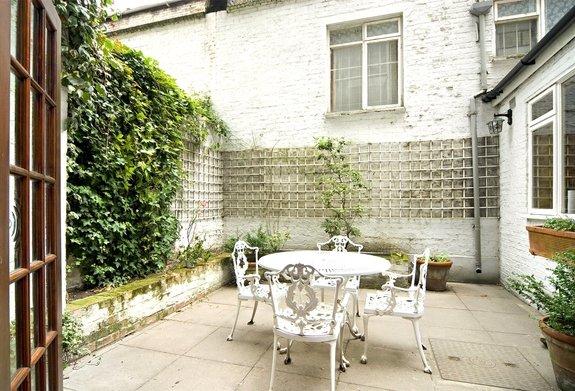 Queens Gate Gardens, London, SW7